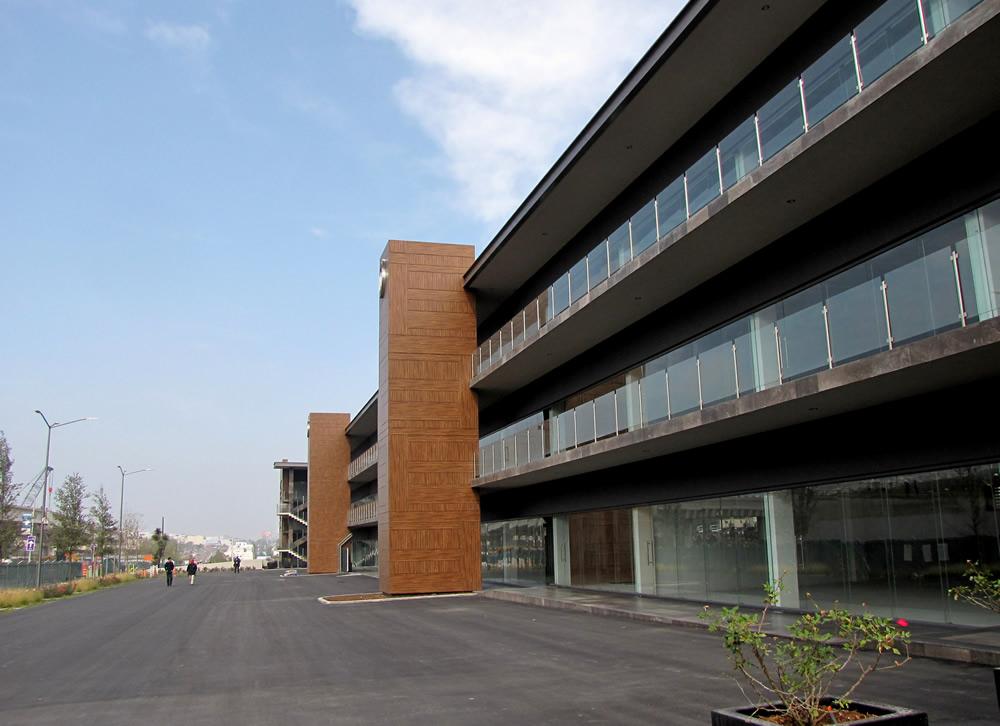 plaza U3-3