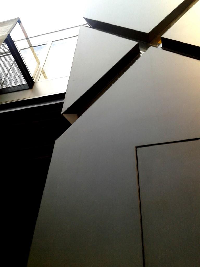 fachada novedosa arquitecto  Sonny Sutton