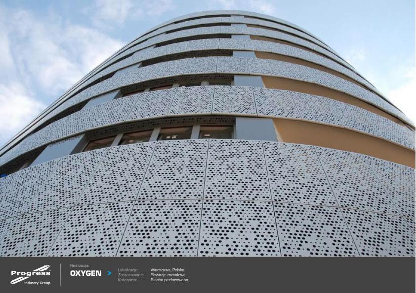 Edificio Oxigen fachada metálica