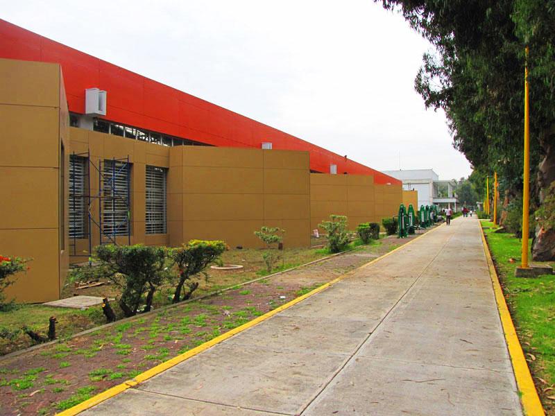 UNAM-Acatlan-fachada